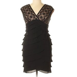 ADRIANNA PAPELL BLACK FITTED COCKTAIL DRESS